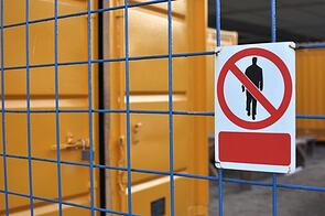 The Importance of Signs and Labels for Maximum Warehouse Efficiency